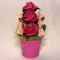 Újra támad a rózsaszín..., Dekoráció, Dísz, A fém rózsaszín vödröt pink polifoam virágokkal és rózsaszín mini kálákkal ültettem be. A rózsákat e..., Meska