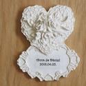 Esküvői vendégajándék - Nagy virágos szív, Esküvő, Dekoráció, Meghívó, ültetőkártya, köszönőajándék, Dísz, Egyedi, kézzel készült, kerámia-hatású vendégajándék, mely örök emlékként adható, és ..., Meska