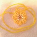Sárga horgolt virág nyaklánc gyönygysorral, Ékszer, óra, Nyaklánc, Gyöngyfűzés, Horgolás, Napfényes tavaszi hangulatban horgoltam ezt a gyönggyel díszített nyakláncot. A Sárga virágmedált f..., Meska