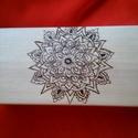 Mandala mintázatú fadoboz, Dekoráció, Mindenmás, Otthon, lakberendezés, Famegmunkálás, Pirográf technikával készült fa dobozka. Csecsebecséknek és ékszereknek való :) , Meska