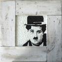 REKREDENC - Hírességek shabby chic keretben, Dekoráció, Otthon, lakberendezés, Kép, Falikép, Famegmunkálás, Mozaik, Mozaik technikával készült falikép hírességekről, fehér shabby chic képkeretben.  60x60 cm  Chaplin..., Meska