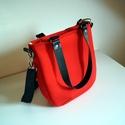 Nagyon piros táska, Táska, Varrás, Ez a táska az előző táskám kistestvére, csak tiszta piros színben. Nem steppelt, hanem neoprén anya..., Meska