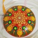 Piros-narancs-zöld színű mandalakő, Otthon & lakás, Dekoráció, Lakberendezés, Asztaldísz, Ez a mandalakő hobbibetonból készült, laposgömb alakú, 8 cm átmérőjű és egyedi, gyönyörű színekben v..., Meska