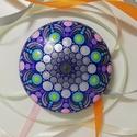 Ezüst-türkiz-lila színű mandalakő, Otthon & lakás, Dekoráció, Lakberendezés, Asztaldísz, Ez a mandalakő modellgipszből készült, laposgömb alakú, 8 cm átmérőjű és egyedi, gyönyörű színekben ..., Meska