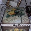 rózsás nosztalgia doboz, A doboz mérete: 20 cm. x 16 cm. x 9 cm.   Alapany...