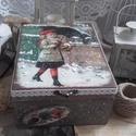 kislány hóesésben - karácsonyi nosztalgia doboz, Dekoráció, Otthon, lakberendezés, Tárolóeszköz, Doboz, 2018. karácsony!  A doboz alapanyaga fa, tartóssága érdekében több soron lakkozott. Mérete: 21 cm. x..., Meska
