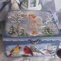 Angyalka és a madarak - karácsonyi nosztalgia doboz, Dekoráció, Otthon, lakberendezés, Tárolóeszköz, Doboz, 2018. karácsony!  A doboz alapanyaga fa, tartóssága érdekében több soron lakkozott. Mérete: 16 cm. x..., Meska