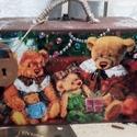 macis bőrönd - karácsonyi nosztalgia doboz, Baba-mama-gyerek, Otthon, lakberendezés, Tárolóeszköz, Doboz, Alapanyaga: fa, mérete:  23 x 13 x 8 cm., Meska