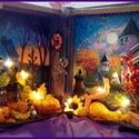 halloween - világítós könyvdoboz , Baba-mama-gyerek, Otthon, lakberendezés, Asztaldísz, A 3D-s könyvdoboz alapanyaga fa, mérete 24 x 20 x 7,5. Gombelemes égősor teszi még izgalmassá a látv..., Meska
