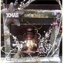 lámpás  karácsonyi asztaldísz, Dekoráció, Karácsonyi, adventi apróságok, Ünnepi dekoráció, Karácsonyi dekoráció, mérete: 28 cm. x 28 cm. x 13 cm. Alapanyaga fa. A benne lévő mécses mérete 15 cm. Több soron lakkozo..., Meska