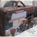 karácsonyfa vásár - karácsonyi nosztalgia bőrönd, Alapanyaga: fa, mérete: 23 x 13 x 8 cm.