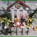 húsvéti asztaldísz - meseudvar, Dekoráció, Otthon, lakberendezés, Asztaldísz, Ünnepi dekoráció, Alapanyaga fa, mérete 8 x 16,5 x 20,5 cm.  Igazi kis meseudvar, mely szép dísze lehet lakásodnak. ..., Meska