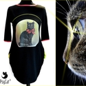 Masnis macska zsebes felső, Ruha, divat, cipő, Női ruha, Ruha, Fekete pamut-viszkóz-lycra alapon digitális print, nyakán és az ujja alján lazac eldolgozó. Me..., Meska