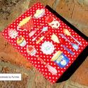 RECEPTES  nagy mappa A4-es, Konyhafelszerelés, Naptár, képeslap, album, Receptfüzet, Jegyzetfüzet, napló, Varrás, Ez a pöttyös borítóval ellátott gyűrűs mappa recepteknek készült, átlátszó zsebes fóliák vagy kinyo..., Meska