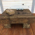 TAMA asztalka, Bútor, Dekoráció, Otthon, lakberendezés, Asztal, Eladó robosztus, gerendákból készült asztalka.  Mérete 75cmx60cm, 35 cm magas.  Szín és mér..., Meska