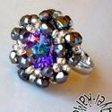 Gyűrű a sarki fény színeivel, Ékszer, óra, Gyűrű, Ragyogó színekkel és fényekkel kápráztat el a gyűrű középpontjában lévő csodaszép rivoli. Befoglalás..., Meska