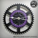 recyclock CWB-004 - falióra újrahasznosított kerékpár alkatrészből, Otthon, lakberendezés, Ékszer, óra, Falióra, Újrahasznosított alapanyagból készült termékek, Ötvös, Egyedi, kerékpár alkatrészekből készített falióra.  A CWC sorozat órái elsősorban a kerékpárok lánc..., Meska