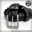 recyBELT-005 öv újrahasznosított kerékpár külsőből, Férfiaknak, Bringás kiegészítők, Öv, övcsat, Kerékpár külső gumiból készült öv. A használt kerékpárgumi többszöri gondos mosás utá..., Meska