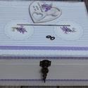 Egyedi, lezárható, feliratozott esküvői pénzgyűjtő persely, levendulával. :-), Esküvő, Decoupage, transzfer és szalvétatechnika, Festett tárgyak, Nagyméretű pénzgyűjtő doboz, mely méltó tárolója lehet a Nektek szánt ajándékoknak. Esküvőtök után ..., Meska