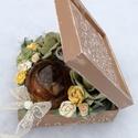 Virágdoboz borostyánba zárt rózsával.   :-), Dekoráció, Esküvő, Otthon, lakberendezés, Asztaldísz, Fa doboz, mely minden alkalomra szép ajándék lehet egy különleges Hölgynek. :-) A dobozt rendh..., Meska