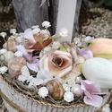 Papírrózsa, selyemtulipánok. :-), Dekoráció, Virágkötés, Egyedi asztaldísz festett kosárból, natúr színekkel.  Egy gyertyát, szépséges selyemvirágokat, csig..., Meska