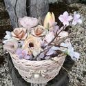 Pasztell virágözön. :-), Dekoráció, Egyedi asztaldísz festett kosárból, natúr színekkel.  Selyemvirágokat, saját kézzel hajtogat..., Meska