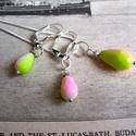 Ezüst színű rózsaszín-menta nyaklánc+fülbevaló  szett , Ékszer, Nyaklánc, Fülbevaló, Medál, Több színű rózsaszín és menta színátmenetes kristálycsepp garnitúra. A medál 17-mm-es a fülbevaló 11..., Meska