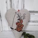 Dekorációs szív, Dekoráció, Karácsonyi, adventi apróságok, Ünnepi dekoráció, Vidám rénszarvas mintás dekorációs szív. Méret:14 cm., Meska