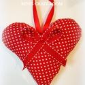 Piros dekorációs szív , Otthon & lakás, Esküvő, Dekoráció, Ünnepi dekoráció, Dísz, Szerelmeseknek, Dekorációs szívet varrtam piros alapon fehér pöttyös pamutvászonból, melyet szalaggal és tekla gyöng..., Meska