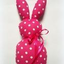 Pöttyös textil nyuszi - rózsaszín, Gyerek & játék, Otthon & lakás, Játék, Plüssállat, rongyjáték, Játékfigura, Dekoráció, Rózsaszín-fehér, vidám pöttyös nyuszika keresi szerető gazdiját! :)   Nyakában levehető szalag díszí..., Meska