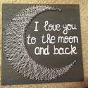 string art szerelmes hold, Dekoráció, Otthon, lakberendezés, Dísz, Kép, Mindenmás, String art (fonalgrafika) technológiával készítettem ezt a holdacskás lakásdekorációt, teheted falr..., Meska
