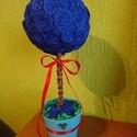 Gömbfa, Dekoráció, Mindenmás, Dísz, Mindenmás, Papírművészet, Krepp papírból készült virágok hajtogatásos módszerrel.Maga a gömb az hungarocell, amire a virágok ..., Meska