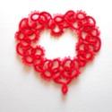 hajócsipke szív, Dekoráció, Esküvő, Dísz, Horgolás, Csipkekészítés, Piros csipke szív. Mérete: 7x7cm. Nagyon vékony cérnából készült, aprólékos kidolgozású, igazán kül..., Meska
