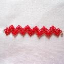 Hajócsipke karkötő, Ékszer, Karkötő, Piros vékony pamutcérnából készítettem ezt a karkötőt. Hossza kapoccsal 17 cm, szélessége 3 cm. Más ..., Meska