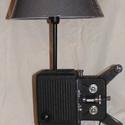 Asztali lámpa 1934-es Kodak filmvetítőből, Férfiaknak, Otthon, lakberendezés, Lámpa, Asztali lámpa, Fémmegmunkálás, 1934-es Kodak 16 mm-es  filmvetítőből asztali lámpa .  Azoknak ajánlom akik egyedi tárgyakkal rende..., Meska