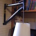 Kerékpár váz fali lámpa, Férfiaknak, Otthon, lakberendezés, Bringás kiegészítők, Lámpa, Fémmegmunkálás, Lámpák száma: 1 db Foglalat típusa: E27 Típusa: falon kívüli Állapot: új                      Kerék..., Meska