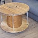 Kábeldob kávézó asztal, Bútor, Asztal, Anyaga: fa, fém  Asztallap alakja: kerek  Állapot: új   Kábeldob  kávézó asztal  Azoknak ajá..., Meska