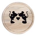 Mickey és Minnie vágódeszka, Esküvő, Nászajándék, Meghívó, ültetőkártya, köszönőajándék, Esküvői dekoráció, Famegmunkálás, ÁTMENETILEG A MINTA CSAK AZ ALÁBBI SZÖGLETES ALAKÚ VÁGÓDESZKÁRA (25x20x1,1 cm)  RENDELHETŐ: https:/..., Meska