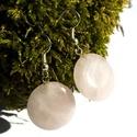 Rózsakvarc fülbevaló, Ékszer, Esküvő, Fülbevaló, Esküvői ékszer, Rózsakvarc ásvány ezüstözött akasztón.  Ásvány mérete: kb 2cm, Meska