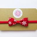 Piros alapon fehér hópelyhes masnis puha rugalmas hajpánt, fejpánt karácsonyi fotózásra, Fotózásra, karácsonyra tökéletes választás ...