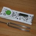 Hangjegymintás hangvilla-tok 2., Tűzött, szolidan muzsikás tokocska a 12,5cm-s h...