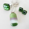 AKCIÓS Zöld csíkos pici üvegékszer szett, Ékszer, óra, Ékszerszett, Fülbevaló, Gyűrű, Ékszerkészítés, Üvegművészet, Zöld, szürke és fehér árnyalatú üvegekből készítettem ezt a szettet olvasztásos technikával. Egyszí..., Meska