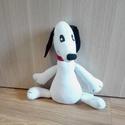 Snoopy , Baba-mama-gyerek, Játék, Gyerekszoba, Plüssállat, rongyjáték, Ha olyan ajándékot szeretnél adni ami egyedi, akkor ez a kutyus ideális minden gyermek számára. Snoo..., Meska