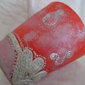 Piros-ezüst - hercegnőknek - Egyedi darab, Konyhafelszerelés, Bögre, csésze, Mindenmás, Festett tárgyak, Egyedi mintázatú teás bögre, olyan különleges mint Te. :) Süthető gyurmával díszítve. Anyaga porcel..., Meska