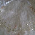 Menyasszonyi tiara vagy hajpánt - hajdísz, Esküvő, Dekoráció, Hajdísz, ruhadísz, Arany színű drótra dolgozott tenyésztett gyöngyökkel, ibolya lila ( illetve két képen Anikó..., Meska