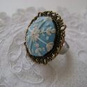 Hópehely gyűrű, Ékszer, Gyűrű, Gyűrű hópehely mintával, a gyűrű alap készen vásárolt, állítható méret. Mérete: 28 mm Égethető gyurm..., Meska