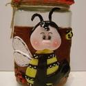 Keksztartó üveg méhecskés, Konyhafelszerelés, Fűszertartó, Festett tárgyak, Gyurma, Befőttes üveg ékszergyurmával díszítve. Keksztartónak, vagy apróságoknak, aprópénznek, tésztának, a..., Meska