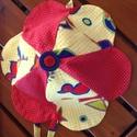 Vitorla mintás nyári kalap , Baba-mama-gyerek, Baba-mama kellék, Varrás, Virág formájú nyári kalap kislányok részére.   Piros alapon fehér tűpettyes anyaggal bélelt.  A kal..., Meska