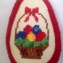 Keresztszemes függődísz filc tojás 12cm magas, Dekoráció, Húsvéti díszek, Hímzett kosár tele tojással!  Egy kedves keresztszemes kézimunkámat piros gyapjúfilccel kereteztem, ..., Meska