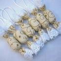 Textil szaloncukor akasztóval 6 db (12x3cm-es), Dekoráció, Ünnepi dekoráció, Karácsonyi, adventi apróságok, Karácsonyfadísz, 6 db textil szaloncukrot ajánlok egy csomagban. Ekrü alapon arany mintás pamutvásznak felhasználásáv..., Meska